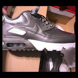Other - *SOLD! NWT! Nike Air Max 90
